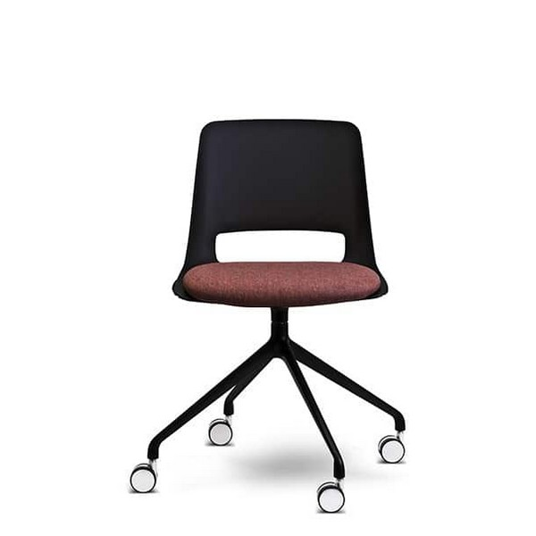 OHMY Swivel with Seat Pad
